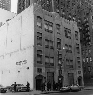 10 N Franklin building
